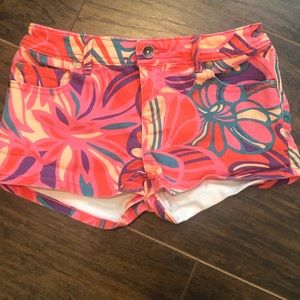 Girl Roxy floral shorts